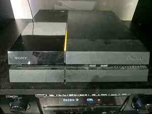Playstation 4 500 GB with 2 controllers