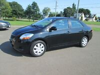 2009 TOYOTA YARIS 5 SPEED / LOADED / TRADE WELCOME