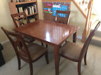 Beautiful Dining set - 4 Chairs and Extension Insert