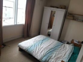 Bedroom Between Cotham hill and White Ladies (bills included)