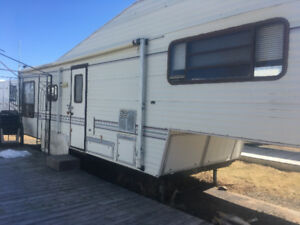 1990 JAYCO 5th WHEEL FOR SALE