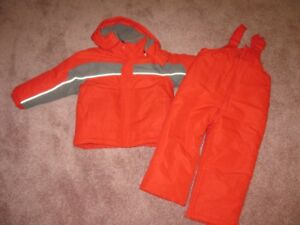 Boys red snow suite size 3 - new