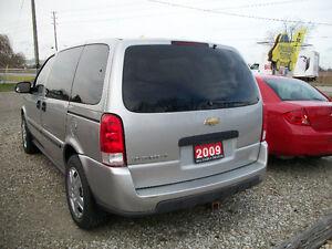 2009 Chevrolet Uplander LS , 7 Pass, 85000 Km Windsor Region Ontario image 5