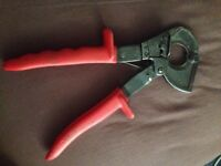 Cable cutter for aluminium Copper with ratchet only £30