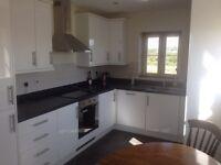 1 double top floor flat for rent