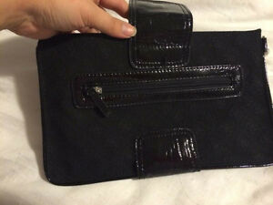 Black Guess Rhinestone Wristlet Clutch Kitchener / Waterloo Kitchener Area image 4