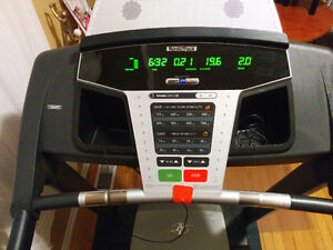 *Nordictrack T5 zi Treadmill! Great condition! (High res photos)