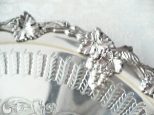 ANTIQUE SILVER PLATE SERVING DISH OR TRAY - VICTORIAN PLATE