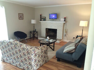 Room for rent in 3 bedroom house close to UPEI