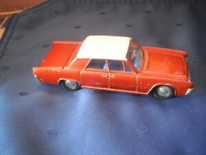 Dinky #170 Lincoln Continental made by Meccano '64-'66