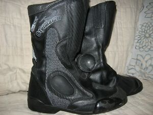 Style martin off road boots