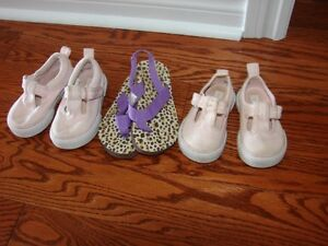 SUMMER SHOES  for GIRL   from     GAP size 4-5