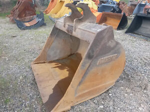 "ZX160 CWS CLEAN-UP BUCKET. 60"" WIDE. GREAT SHAPE. 250-573-5733"