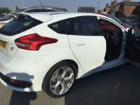 Ford Focus ST-2 TDCI (white) 2015