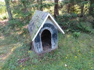 Niche à chien en bois