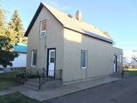 House for Rent in Luseland