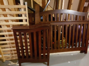 Crib and Dresser Set - Great Condition