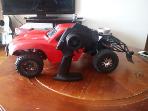2wd ecx torment artr with a huge parts support