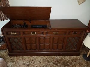 """""""Vintage"""" Stereo Cabinet AM/FM stereo and LP player"""
