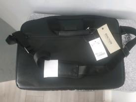 Laptop bag (bnwt)