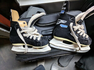Kids Skates - Youth Size 10
