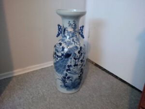 Chinese vase With papers from 1800s