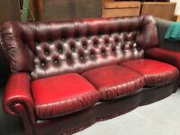 OXBLOOD LEATHER BUTTON BACK SETTEE
