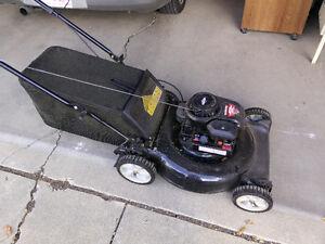 Great condition gas lawnmower - Yard Machines 158cc