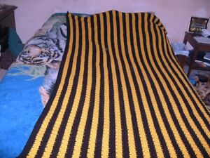 twin bed crocheted blanket