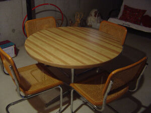 Vintage round wooden dining table and 4 chairs set London Ontario image 1
