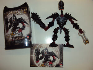 Bionicle: Stronius (includes canister and booklet)
