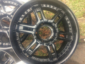 "20"" Aluminum Wheels off 2012 Toyota Tundra"