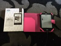 Kobo touch book e reader, comes with box and cover for reader