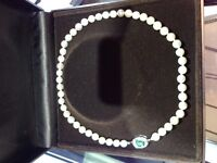 Pearl Necklace with Emerald