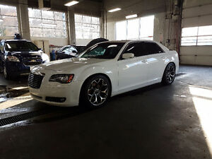 2012 Chrysler 300-Series awd s Sedan