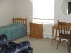 May 1 Room available for male Student