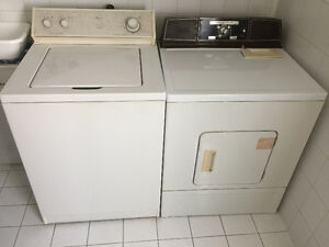 OLD WHITE WHIRLPOOL WASHER & OLD WHITE KENMORE DRYER