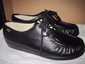 Brand New SAS Women's Bounce Shoes - Black - Size 10 Wide