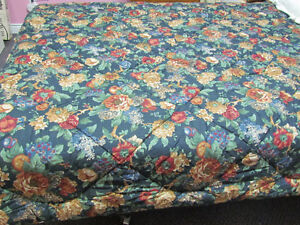 Never Used, Reversible Comforter, Queen Size