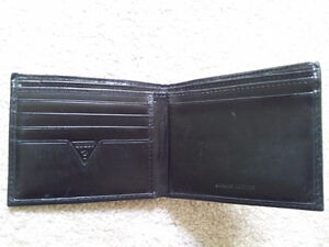 Authentic Guess Men's Black Wallet - Leather London Ontario image 3