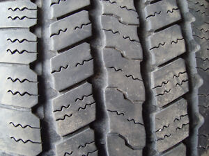 4 good year wrangler p275/65r18 bon pour env. 30,000km