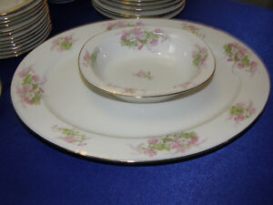 WM Guerin Limoges Large set of Dinnerware for 12 settings people Kingston Kingston Area image 4
