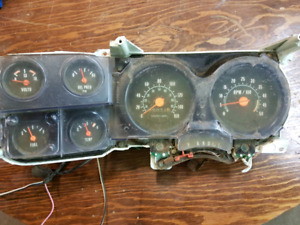 Factory tach gm clusters.