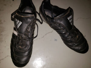 Mens 11.5 Adidas outdoor Soccer Shoes