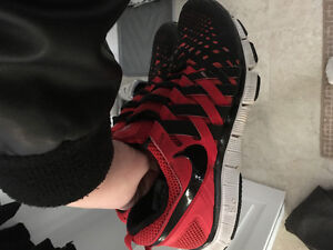NIKE FREE 5.0 - GOOD CONDITION!!
