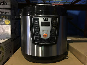 BRAND NEW STILL IN THE BOX - YALI SPEED COOKER - HALF PRICE