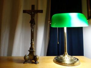 Crucifix en bronze