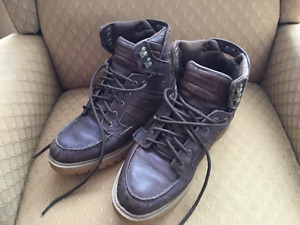 SIZE 11 LEATHER  BOOTS SUPRA - FOOTWARE MUSKA -001