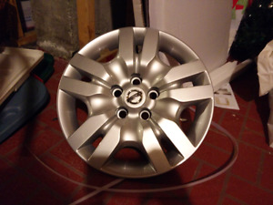 """New hubcap for Nissan Altima 2008-2012, 16"""""""