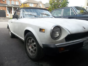 1975 fiat spider / 1972 Volvo 144 for sale